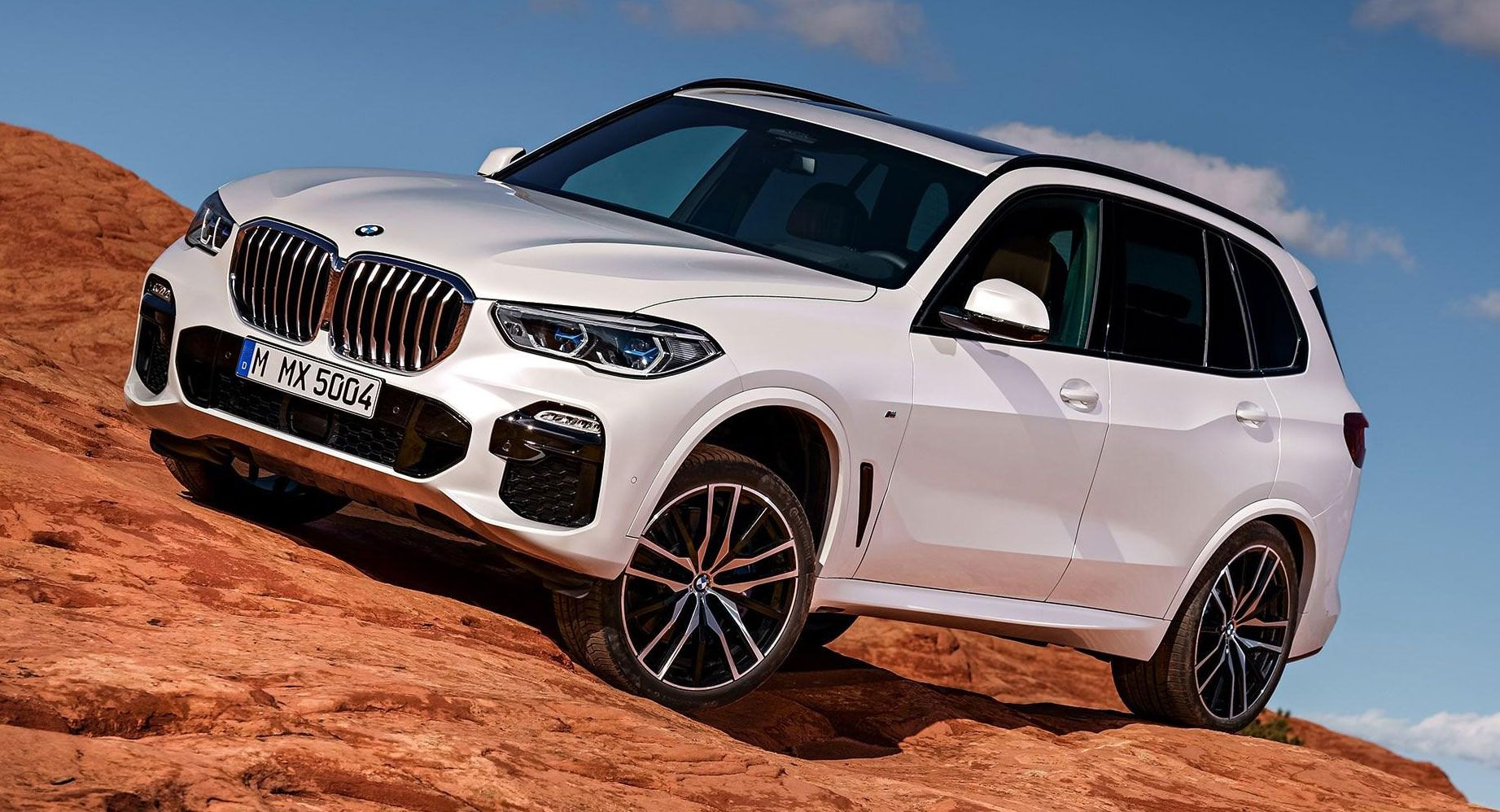 2019-BMW-X5-G05-Carscoops-5545